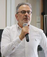<b>José Pinhata Otoch</b>